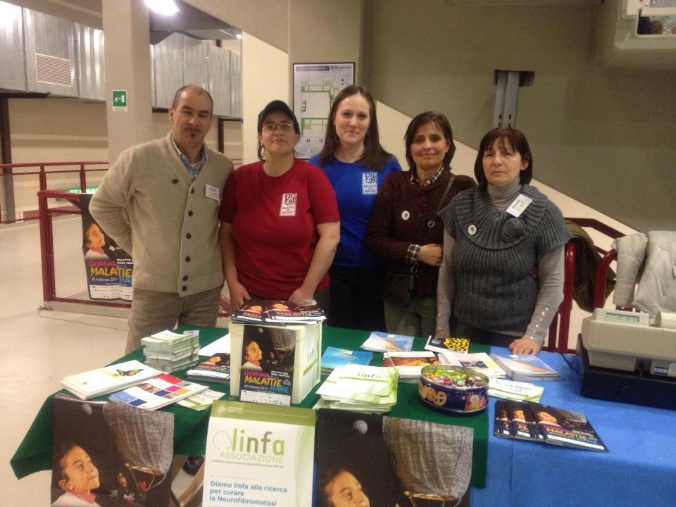 I nostri volontari Dario, Daniela e Ivana e le volontarie della Fondazione Brains For Brain al PalaFabris