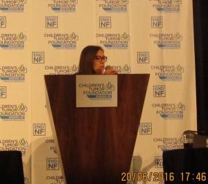 La ricercatrice Ionica Masgras presenta i risultati della sua ricerca